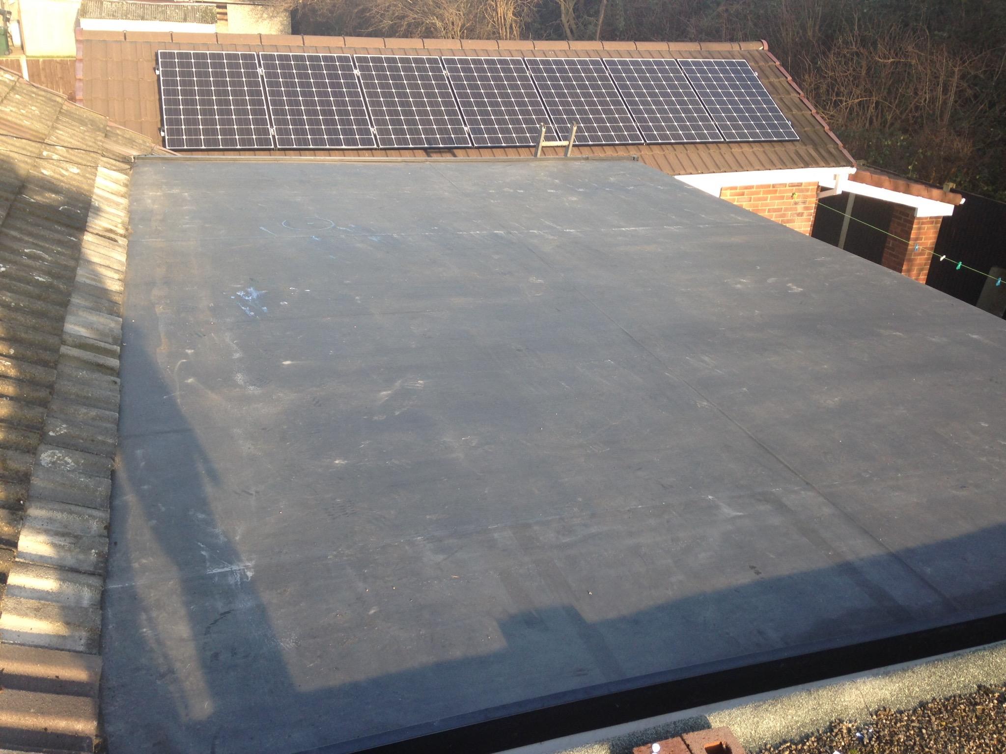 Flat roofs craig bridges roofing for Prix epdm firestone